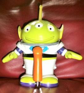 """Alien says """"oooOOOOOooo"""""""
